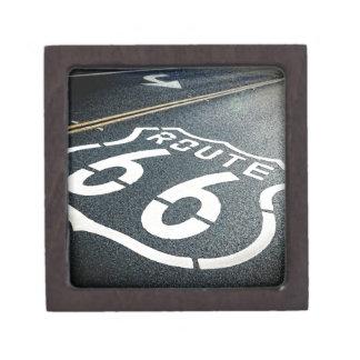 Consiga sus retrocesos en la ruta 66 caja de recuerdo de calidad