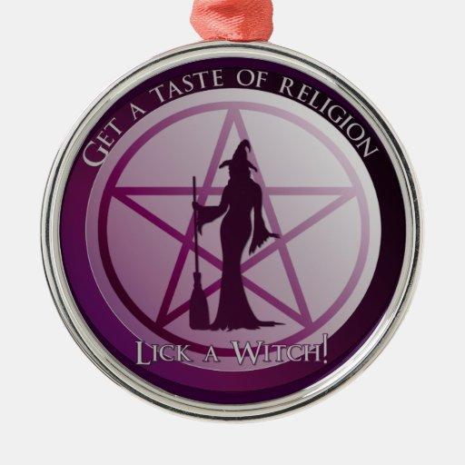 Consiga un gusto de la religión. ¡Lama a una Adorno Redondo Plateado