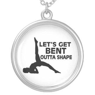 Consigamos la yoga doblada de la forma de Outta Colgante Redondo