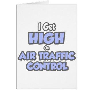 Consigo alto en el controlador aéreo tarjeta de felicitación