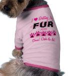 Consiguiendo la piel y los clavos hechos camisetas de perrito
