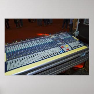 consola de mezcla audio - tablero sano poster