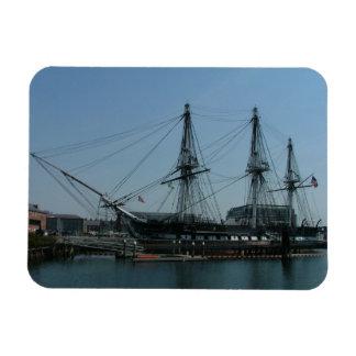 Constitución de USS Iman Rectangular
