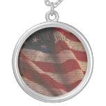 Constitución y bandera collar personalizado