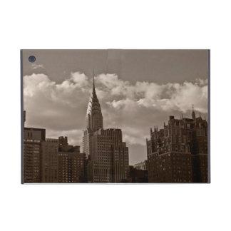 Construcción de Chrysler y horizonte de Nueva York iPad Mini Protectores
