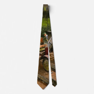 Construction - Dumping made easy 1925 Tie