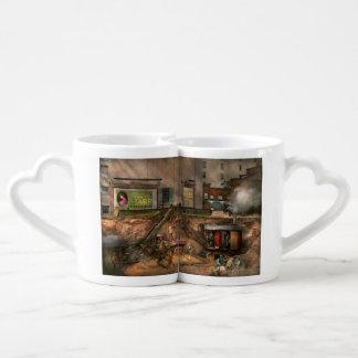 Construction - It pays to flirt 1916 Coffee Mug Set