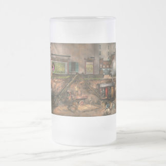 Construction - It pays to flirt 1916 Frosted Glass Beer Mug