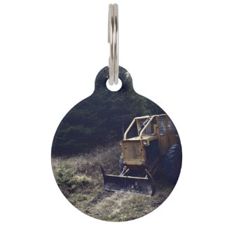 Construction tractor pet tag
