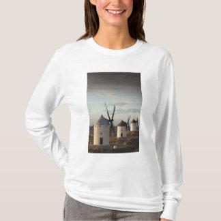 Consuegra, antique La Mancha windmills 5 T-Shirt