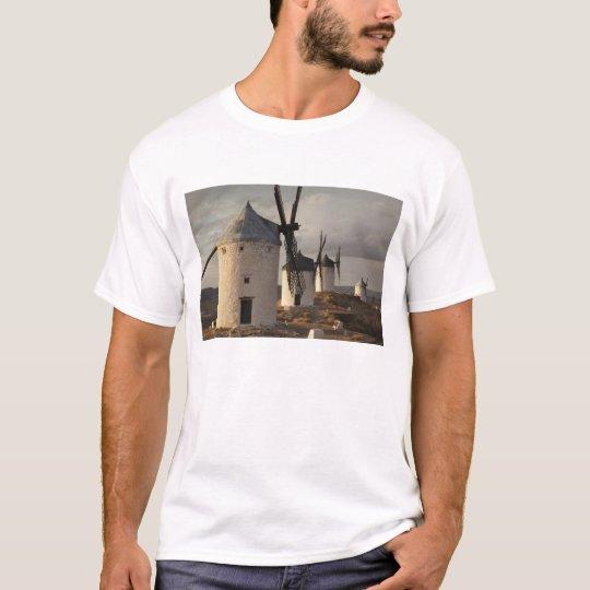 Consuegra, antique La Mancha windmills 6 T-Shirt