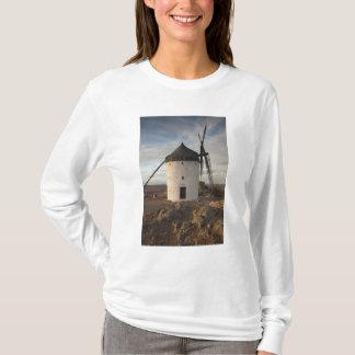 Consuegra, antique La Mancha windmills 7 T-Shirt