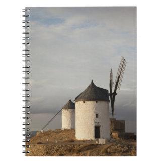 Consuegra, molinoes de viento antiguos 3 de Mancha Libretas Espirales