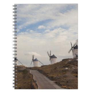 Consuegra, molinoes de viento antiguos 4 de Mancha Spiral Notebooks