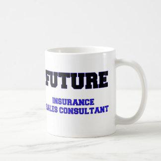 Consultor futuro de las ventas del seguro taza básica blanca