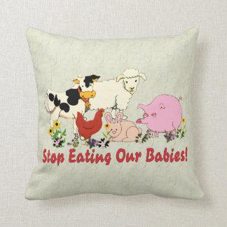 Consumición de los bebés animales almohadas