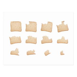 Consumición de una rebanada de pan integral postal