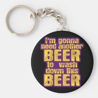 Consumición divertida de la cerveza llavero personalizado