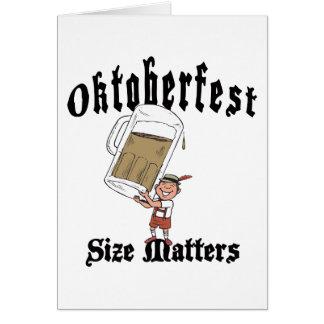 Consumición divertida de Oktoberfest Tarjeta