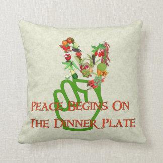 Consumición para la paz almohadas