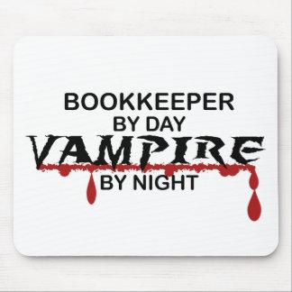 Contable por día, vampiro por noche tapetes de raton