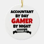 Contable por videojugador del día por noche ornaments para arbol de navidad