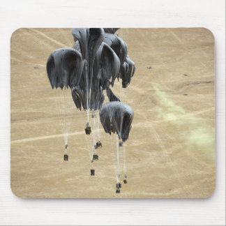 Container delivery system bundles parachute mouse pad
