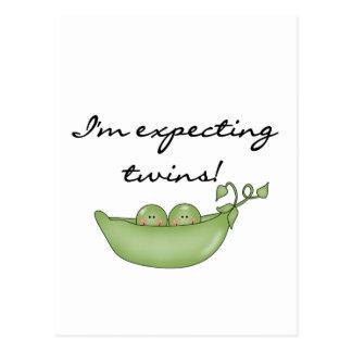 Contando con a los gemelos - guisantes en una postal