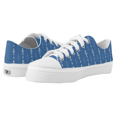 Contemporary blue and white dainty pattern Low-Top sneakers