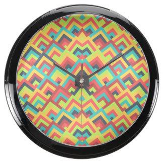 Contemporay Flats Zigzag Symmetric Peeks Pattern Fish Tank Clocks