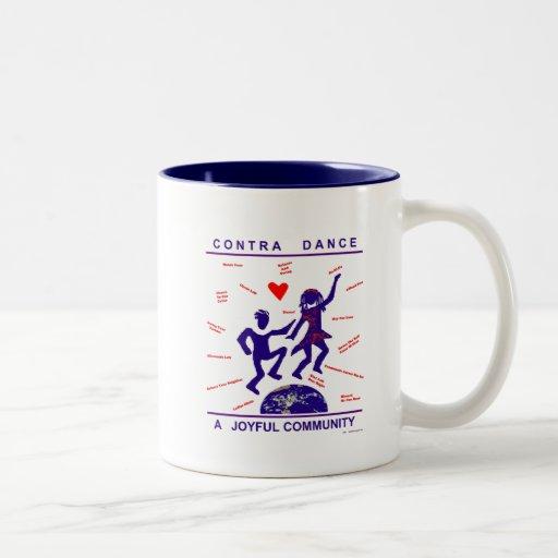 Contra los regalos de la danza taza