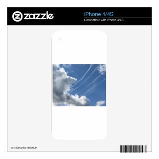 Contrails of aircraft and clouds in the sky skin for the iPhone 4