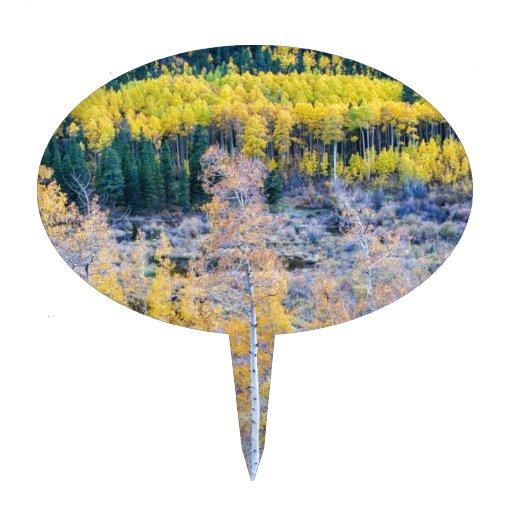 Contraste del otoño de la montaña rocosa decoración de tarta