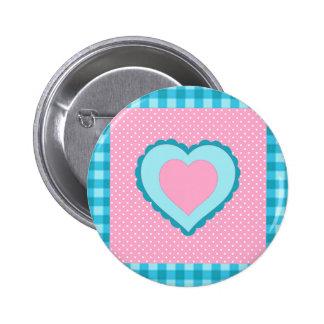 control azul, lunares rosados y modelo del corazón pin redondo de 2 pulgadas