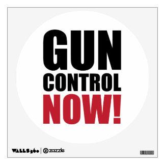 Control de armas ahora vinilo decorativo