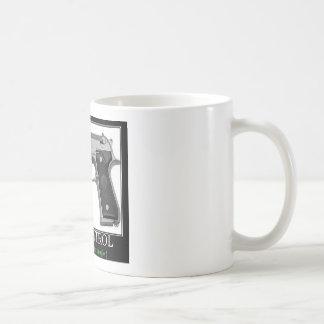 Control de armas taza de café