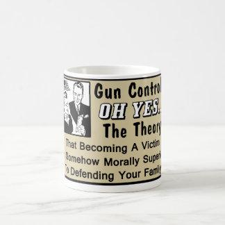 ¿Control de armas? ¡Teoría de una víctima! Tazas