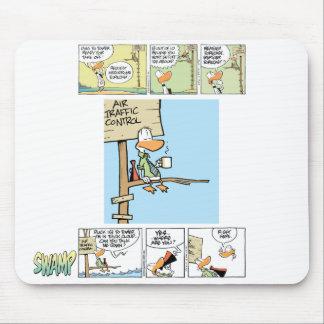 Controlador aéreo cómico alfombrillas de ratón