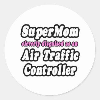 Controlador aéreo del SuperMom… Pegatina Redonda