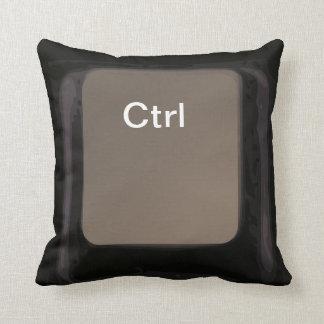 Controle la almohada/el amortiguador oscuros del almohada