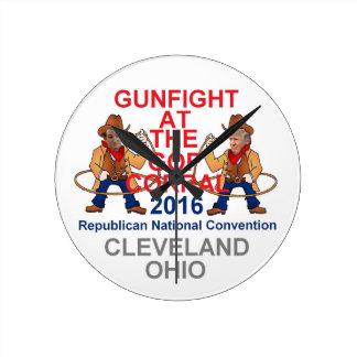 Convenio 2016 del republicano reloj redondo mediano