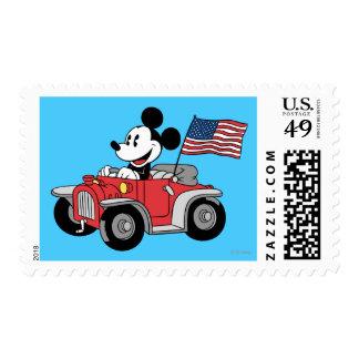 Convertible rojo de Mickey el   del día de fiesta Estampillas