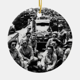 Convoy de las enfermeras WWII Ornamentos De Reyes Magos