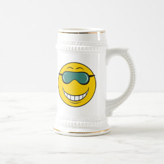 Cood Dude Smiley Face 18 Oz Beer Stein