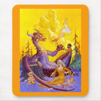 Cookout del dragón alfombrillas de ratones