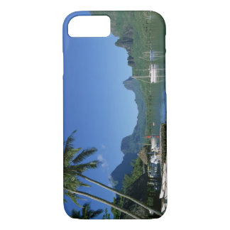 Cook's Bay, Moorea, French Polynesia iPhone 7 Case