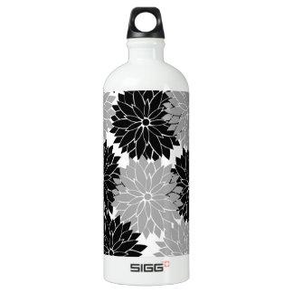 Cool Black and Gray Flower Blossoms Floral Print SIGG Traveler 1.0L Water Bottle
