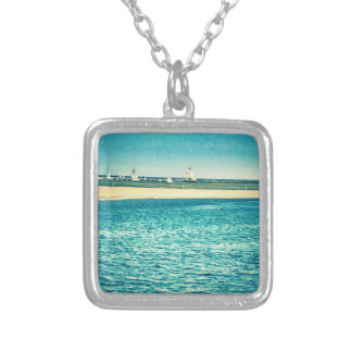 COOL BLUE HUT LAKE NECKLACE
