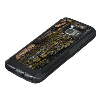 Cool Brown wood bark with yellow lichen OtterBox Samsung Galaxy S7 Case