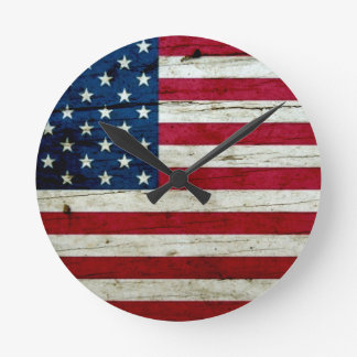 Cool Distressed American Flag Wood Rustic Round Clock